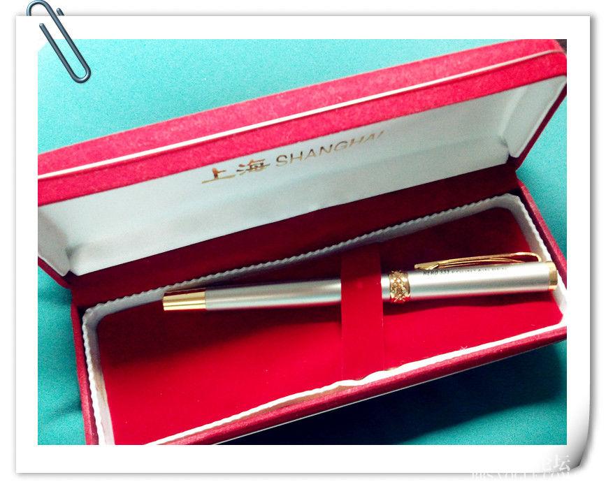 新的一年要好好练练字啦~红色盒子很复古~上海牌钢笔便宜