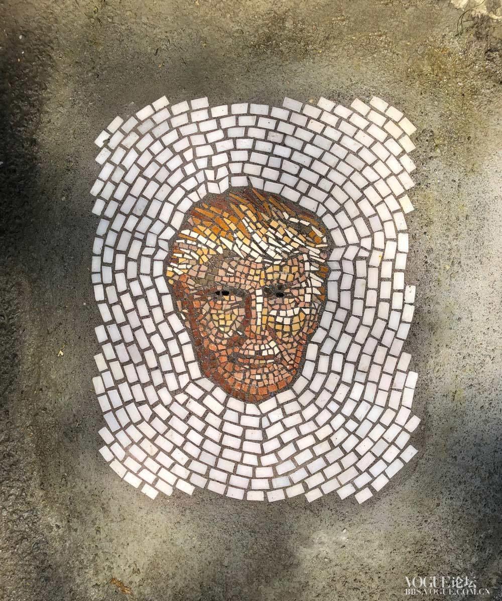 jim-bachor-mosaic-street-art-potholes-series-2.jpg