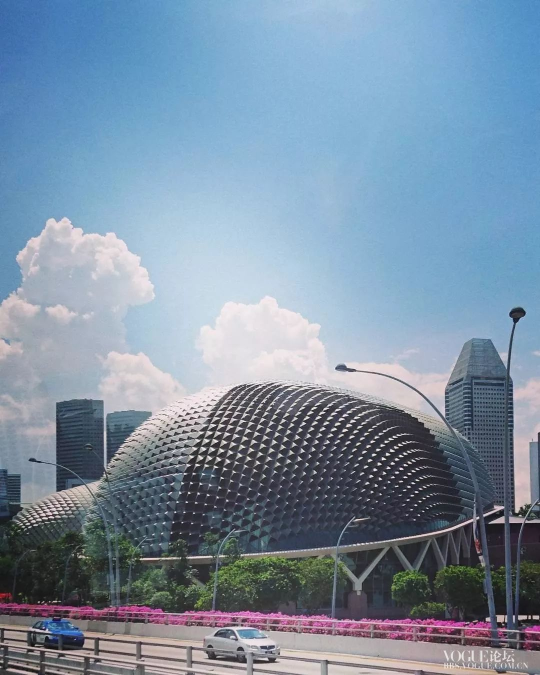 新加坡个现代建筑也超具未来时尚感