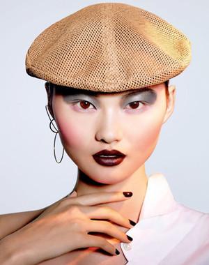 《Vogue服饰与美容》2月号