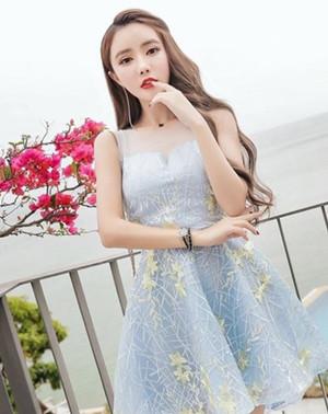 今夏最火的亮片裙