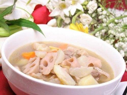 最适合秋天喝的10款养生汤