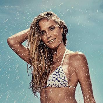 Heidi Klum海边拍摄新泳装大片