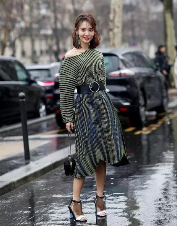 年末优雅少不了毛衣裙